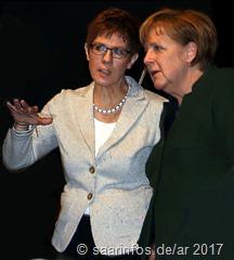 Annegret Kramp Karrenbauer und Kanzlerin Angela Merkel