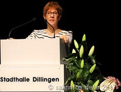 Ministerpräsidentin Kramp Karrenbauer betonte die positiven Entwicklungen Dillingens 3869