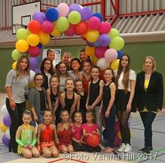 TV Rehlingen: Trainer und Helfer sorgten beim 1. Internationalen Ostercup für ein buntes Programm.