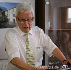 Das feinmechanische Museum. Der Vorsitzende des Fördervereins Hans Madert warf einen Blick in die Geschichte der Fellenbergmühle
