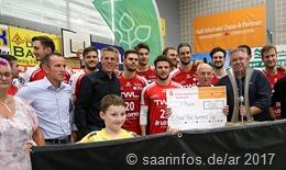 Für die Siegermannschaft aus Friesenheim gab es einen Scheck über 1000 Euro