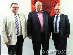 Kanzleramtsminister Peter Altmaier (M.) erinnerte in einer Gesprächsrunde an die Werte Freiheit, Gleichheit, Brüderlichkeit