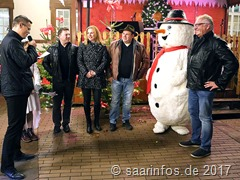 Eröffnung des 3. Merziger Weihnachtsmarktes durch Bürgermeister Marcus Hoffeld, links im Bild