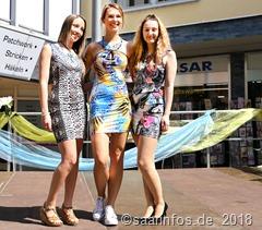 4516 Zu den Angeboten gehörten auch Modeschauen in der oberen Poststraße