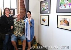 Dillinger Kunsthandwerkermarkt - Peter Becker zeigte dass man auch mit Farbstiften Kunstwerke schaffen kann