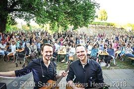 Dreierpasch - Kolja Koglin (links) und Tobias Rößler begeisterten ihr Publikum auf der Vaubainsel. Foto Markus Hermes