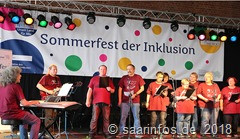 Sommerfest der Inklusion: Viele Organisationen und Gruppierungen Hatten unterschiedliche Programmteile einstudiert und trugen sie im Lauf des Tages vor