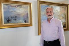 Bilder des bekannten belgischen Malers Léopold M. Bajot, sind u.a. im marokkanischen und im jordanischen Künigshaus zu finden