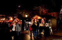 Der traditionelle Nikolausmarkt am Kirchplatz St.Peter in Merzig