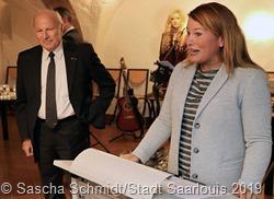 Honorarkonsulin Myriam Bouchon und ihr Vater und Amtsvorgänger Michel Bouchon. Foto: Sascha Schmidt