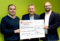 Großzügige Spende für Songcontest EINklang