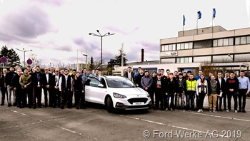 30 Auszubildende der Ford-Werke AG haben ihre Ausbildung erfolgreich abgeschlossen