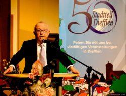 Bürgermeister Franz Josef Berg bei seiner Festrede