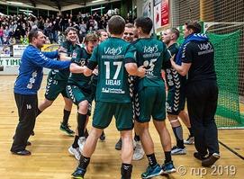 Die Spieler der HG Saarlouis jubelten nach dem Derbysieg