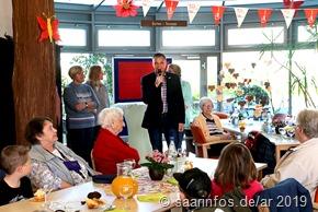 """Bürgermeister Klauspeter Brill übernahm die Schirmherrschaft für die Aktion """"Spielen ohne Altersgrenzen"""""""