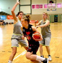 Caroline Meier (SG Saarlouis-Roden/Dillingen) bei einem Angriff
