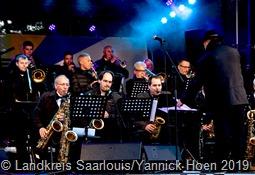 Die Tuxedo Swing Band heizte am Samstagabend ein