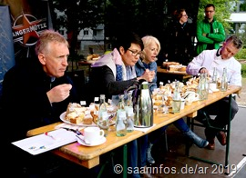Die Jury bei der Arbeit (vl) Patrik Lauer, Sonja Marx, Heidi Mick und Peter Erbel