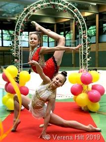 Anna Spanier (hinten) und Valeria Klet beim Schwabenland-Cup in Tübingen.