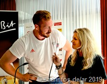 Anja Fröhlich vom ZDF interviewt Christof Harting