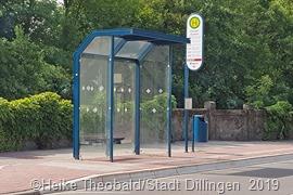 Bereits barrierefrei ausgebaut ist die Bushaltestelle in der Ostallee. Foto: Stadt Dillingen/Theobald
