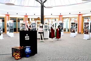 Ausstellung im Forum der Sparkasse 8333