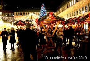Bereits am ersten Tag war der Merziger Weihnachtsmarkt gut besucht
