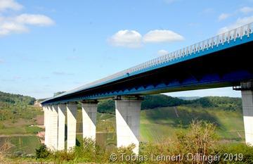 Die Hochmoselbrücke ist eine von Deutschlands höchsten und längsten Brücken