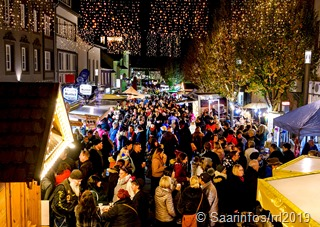 Tausende  von Besuchern beim Merziger Mondscheinmarkt