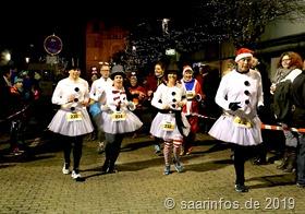 541 Teilnehmerinnen uind Zeilnehmer hatte  der Dillinger Santalauf diesmal zu verzeichnen