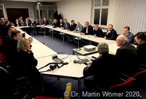 Bürgermeister*innen im Gespräch mit Vertretern des Bundesfinanzministeriums