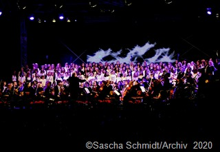 Das Kreisjugendsinfonieorchester ist erneut zu Gast im Theater am Ring. Foto: Sascha Schmidt/Archiv.