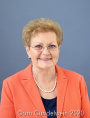 Gesundheitsministerin Monika Bachmann 6600
