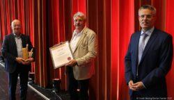 Dieter Ernst und Berthold Schreiner dsurch Marcus Hoffeld in den Ruhestand verabschiedet