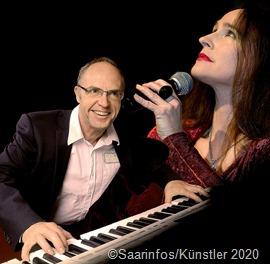 """Das Duo Andrea Bettinger und Klaus Stiefel präsentieren am 28. August ihre """"Favourite Songs"""" auf der Vaubaninsel. Foto: Künstler"""