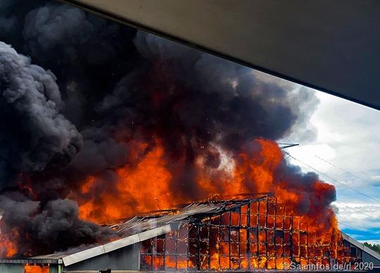 Hoher Sachschaden bei einem Grossbrand in Diefflen.
