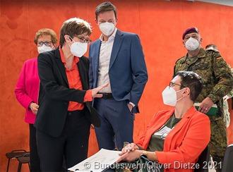 Screenshot_2021-04-05 Redaktion der Bundeswehr Media Share 2 - Oliver Dietze