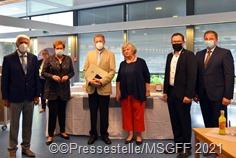 Gerd_Amman: (v. rechts) Lothar Arnold, Monika Bachmann, Gerd Amman, Frau Amman, Sören Meng, Holger Schäfer
