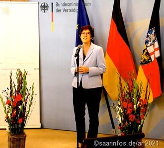 Bundesverteidigungsminsterin Kramp-Karrenbauer,hob hervor, dass ein guter Kompromiss gefunden worden sei