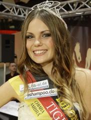2249  320x240 Wahl zur Miss Saarland 2013 Naima Gehring 3478 Naima Gehring ist die neue Miss Saarland 2013