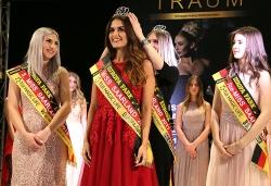 Miss Saarland 2018 - Die Miss Saarland 2017 Michelle Appel krönt ihre Nachfolgerin Michelle Molitor